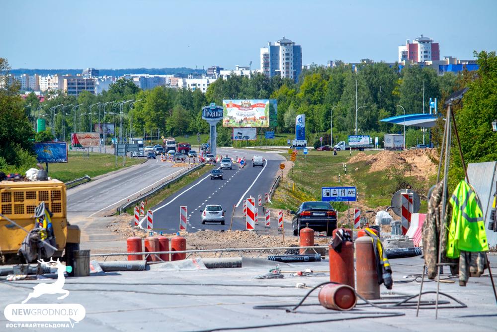 клеверной развязки дорога, магистрали