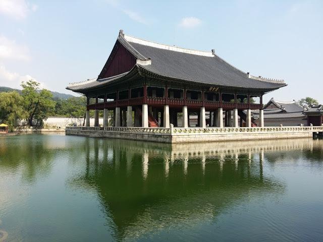 Корею